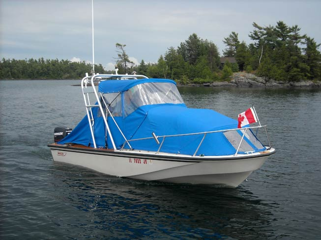 Photo: GAMBLER comes alongside on the Small Craft route in Georgian Bay.