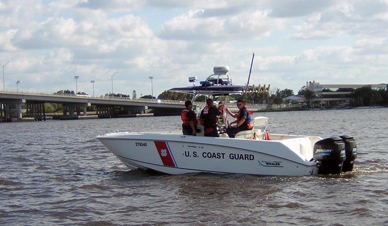Canadian coast guard calls for more icebreakers