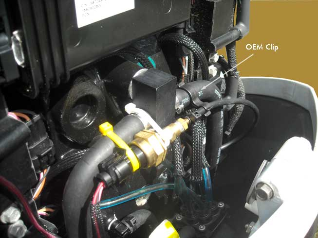 Photo: Mounting of water pressure sensor on E-TEC V6