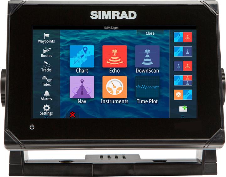 SIMRAD GO7 multi-function display