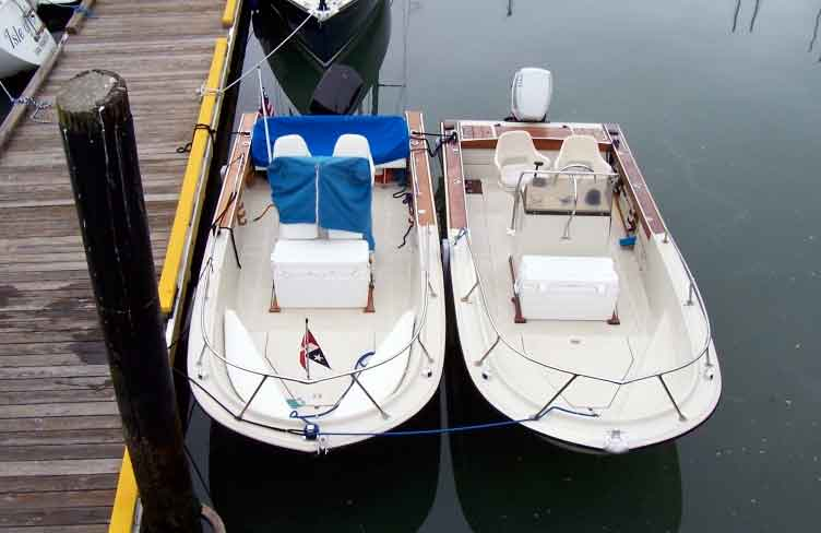 Continuouswave whaler reference conversion of boston whaler photo two outrage 18 transoms side by side showing comparative waterline one sciox Choice Image
