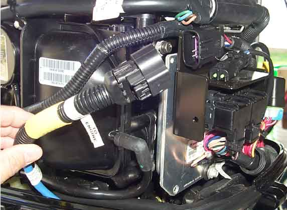 3engineConnector572x420 installing smartcraft on 40 hp mercury four stroke moderated mercury smartcraft wiring diagram at gsmportal.co